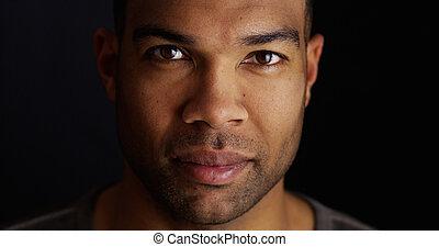 schauen, fotoapperat, schwarz, attraktive, mann