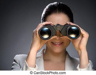 schauen, frau, blick, alt, freigestellt, formalwear, grau, fernglas, sicher, während, durch, future., porträt