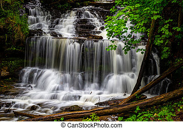 schiereiland, bovenleer, michigan, waterval