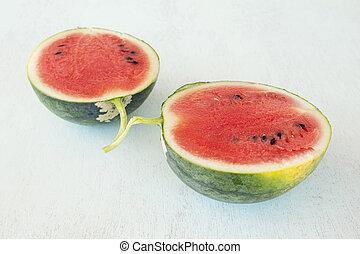 schijfen, van, watermeloen, op, een, houten, achtergrond