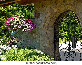 schmiedeeisen, gärtnern tor, in, a, phantasie, kleingarten