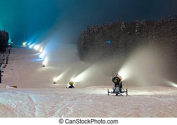 schnee, kanonen, arbeiten, nacht, der, berge
