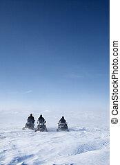 schneemobil, winterlandschaft