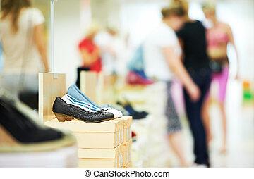 schoen, in, schoeisel, winkel
