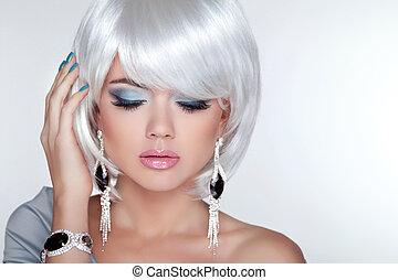 schoenheit, blond, m�dchen, modell, mit, mode, ohrringe, und, weißes, kurz, ha