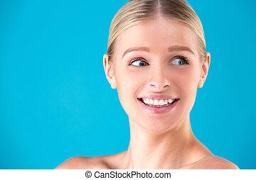 schoenheit, mode, überrascht, frau, portrait., schöne , modell, m�dchen, mit, perfekt, einholen, beendet, schreien, und, rgeöffnete, und, mouth., headshot., emotions., freigestellt, auf, a, blauer hintergrund