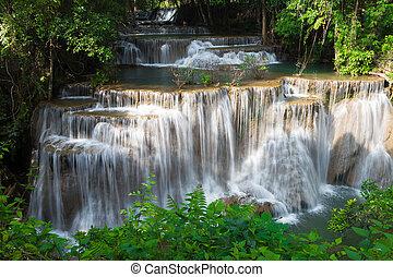 schoenheit, von, mehrfach, bach, wasserfall, in, tropische , tief, wald