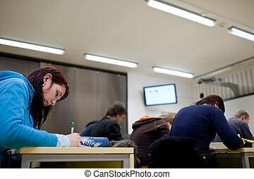 scholieren, klaslokaal, zittende