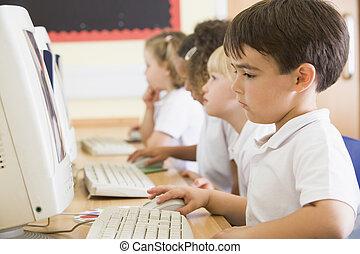 scholieren, klassikaal, bij computer, terminals, (depth, van, field)