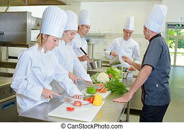 scholieren, stand, kookkunst
