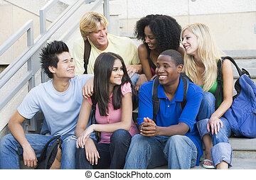 scholieren, stappen, universiteit, groep, zittende