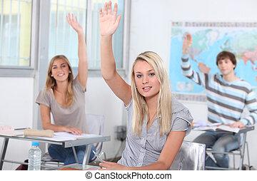 scholieren, verheffing, handen