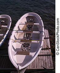 school boat for paddlers