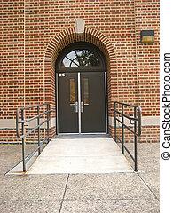school, deur, met, rolstoel helling
