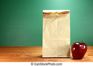 schoolmaaltijd, zak, zittende , op, onderwijzeres bureau