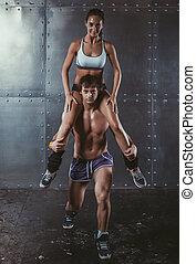 schouders, vrouw, levensstijl, crossfit, hurkzit, atleet, zittende , het uitoefenen, sportsman, zijn, gespierd, fitness, bodybuilding, opleiding, sportende, concept.