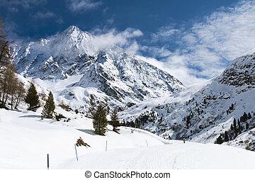 Schrankogel in Winter, Austria