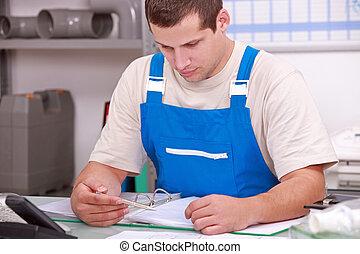 schreibarbeit, handwerker