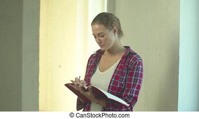 schrijft, aantekenboekje, informatietechnologie, vrouw, stalletjes