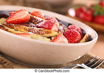 Schupfnudeln with strawberries - Schupfnudeln (Swabian...