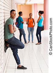 schwarz, akademiker, auf, campus