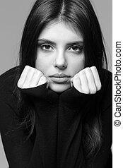 schwarz weiß, closeup, porträt, von, a, nachdenklich, frau