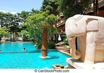 schwimmbad, an, der, populär, hotel, pattaya, thailand