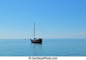 schwimmend, angelboot, in, der, meer