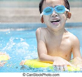 schwimmender, Kind, asiatisch, Teich, glücklich