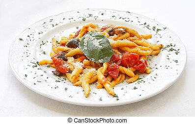 Scialatielli all'Amalfitana Italian pasta recipe