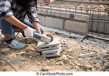 scies, fonctionnement, scie, mains, pose, constructeur, pavage, coupures, slabs., travail, dalle, rond