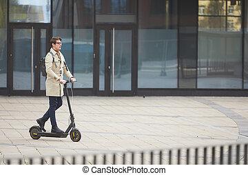 scooter électrique, équitation, ville, homme