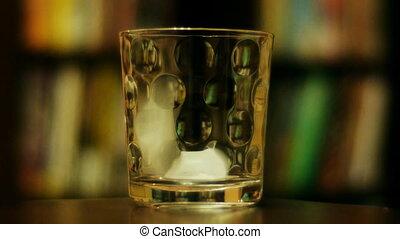 Scotch Pour 1b