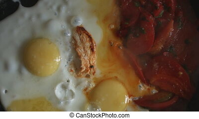 Scrambled eggs with tomatoes - Prepare breakfast of fried...