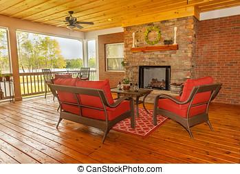 Coperto patio caminetto esterno furniture soffitto for Piani ponte veranda