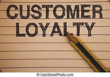 scrittura, nota, esposizione, cliente, loyalty., affari, foto, showcasing, cliente, soddisfazione, lungo termine, relazione, fiducia, idee, concetti, su, vecchio, beige, carta quaderno, penna, riposare, nero, letters.