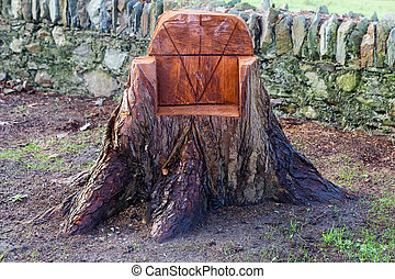 ... Sculpted Chair From A Tree Trunk   Photo Of A Sculpted Chair.
