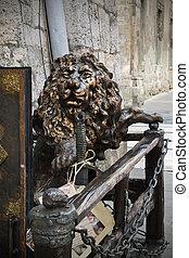 Sculpture of a lion in Lviv