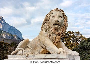 Sculpture of Medici lion in Vorontsov Palace - Close up...