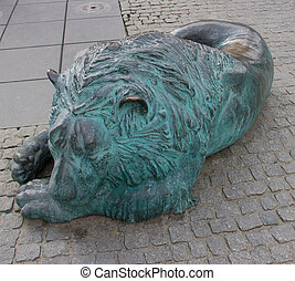 Sculpture of resting lion