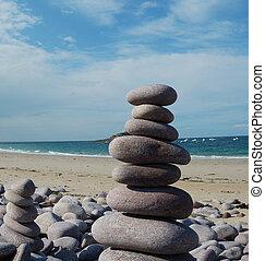 sculpture, plage caillou