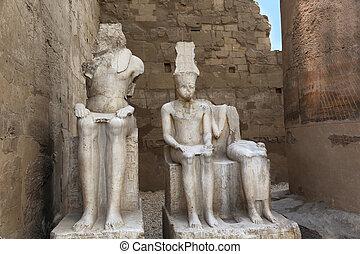 Sculptures Luxor Temple