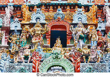 Sculptures on Hindu temple tower - Sculptures on Hindu...