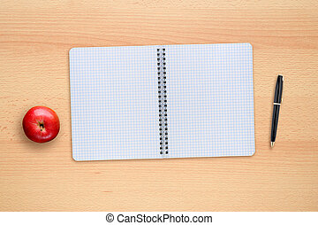 scuola, mela, copybook, cima, penna, scrivania, vista