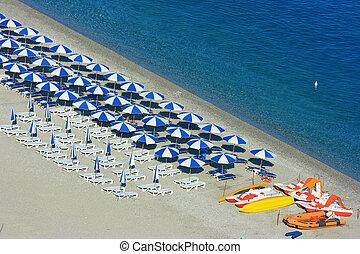 scylla, plaża, katamarany