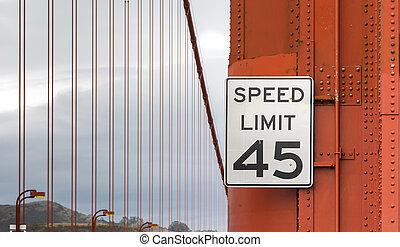 señal de límite de velocidad, en, puente de la puerta de oro