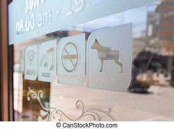 señal, en, puerta de vidrio, (free, wifi, humo, in)