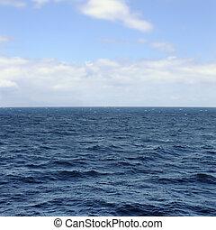 sea and sky horizon