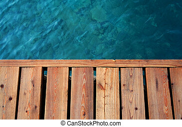 sea and wooden dock