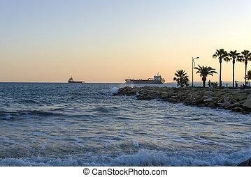sea., cargos, horizon, méditerranéen